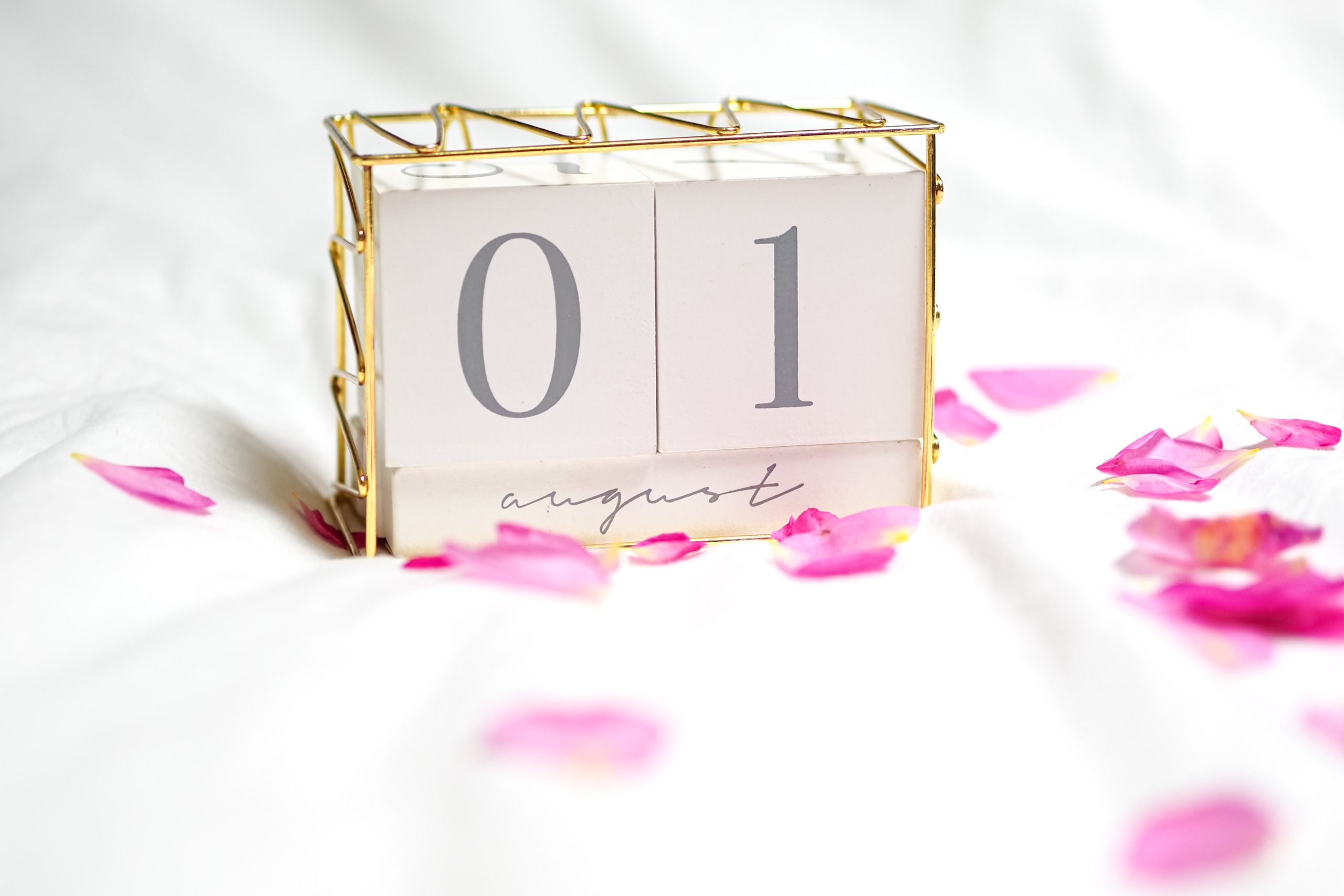Calendar date - August 1
